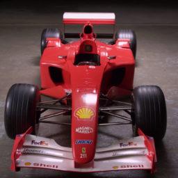 Ferrari van Schumacher geveild voor 6 punt 6 nullen